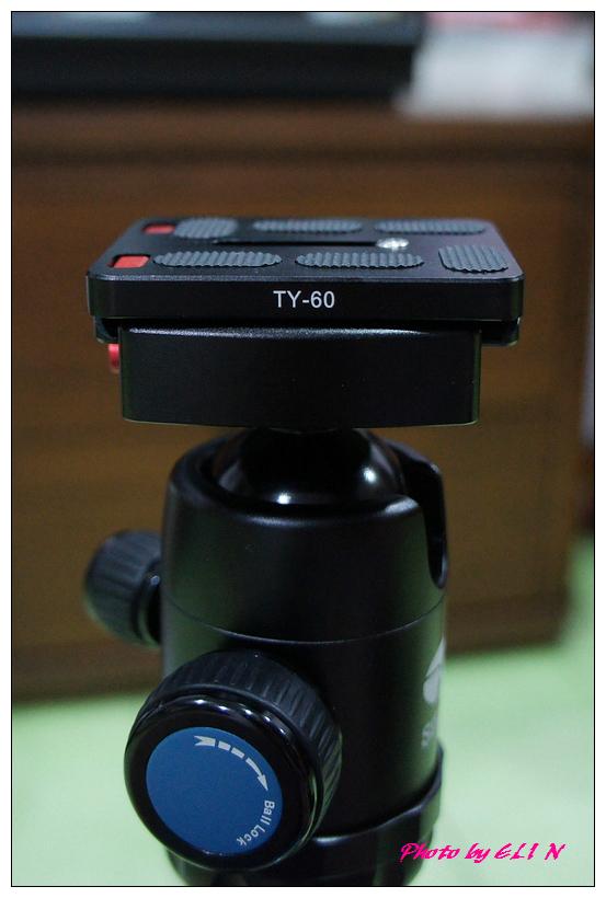 思銳SIRUI N2205專業碳纖維腳架+G20雲台-15.jpg