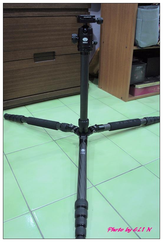 思銳SIRUI N2205專業碳纖維腳架+G20雲台-18.jpg