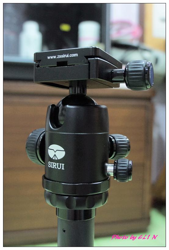 思銳SIRUI N2205專業碳纖維腳架+G20雲台-19.jpg