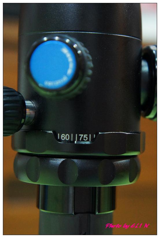 思銳SIRUI N2205專業碳纖維腳架+G20雲台-20.jpg