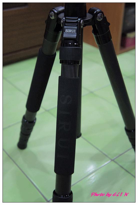 思銳SIRUI N2205專業碳纖維腳架+G20雲台-23.jpg