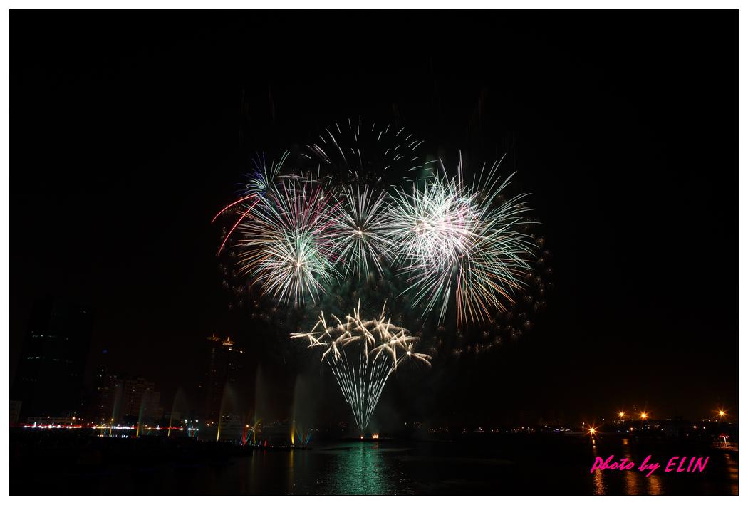 1010202-2012年高雄煙火藝術節-4.jpg