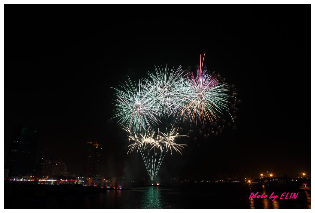 1010202-2012年高雄煙火藝術節-5.jpg