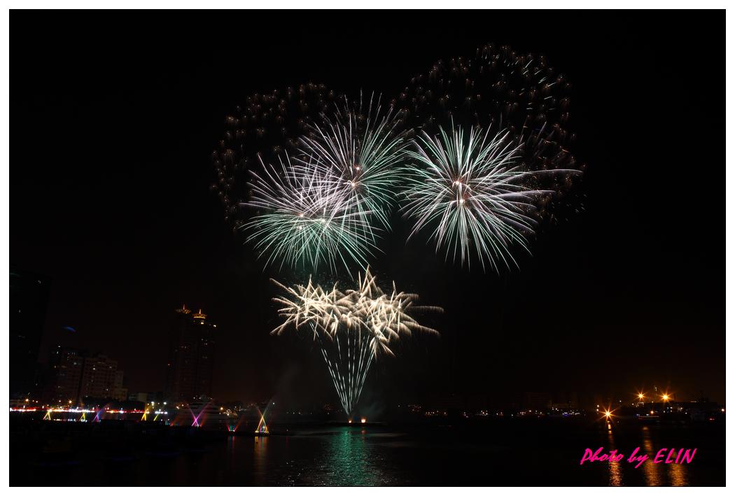 1010202-2012年高雄煙火藝術節-6.jpg