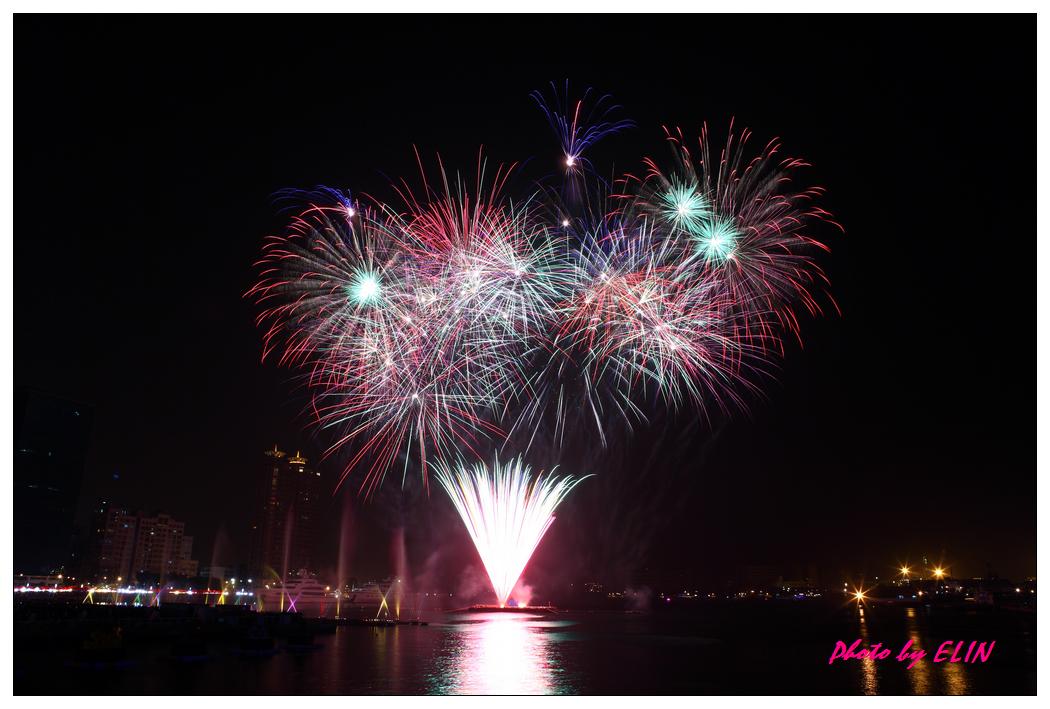 1010202-2012年高雄煙火藝術節-8.jpg