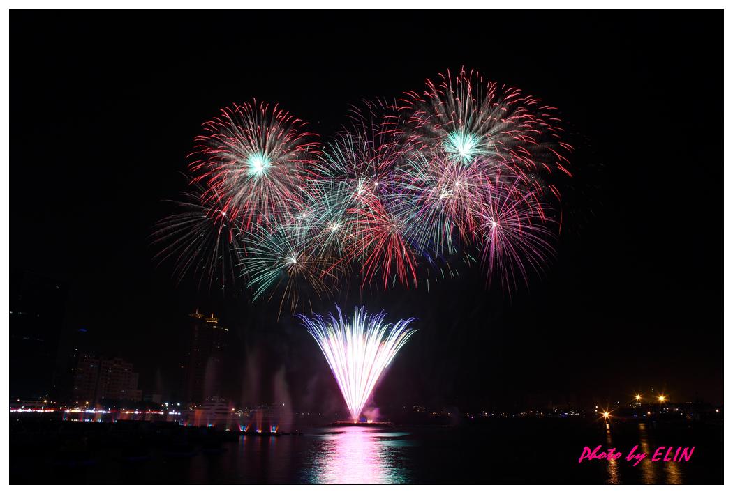 1010202-2012年高雄煙火藝術節-9.jpg