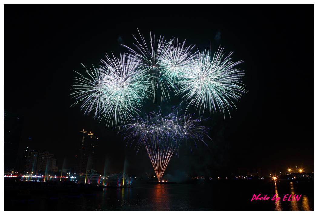 1010202-2012年高雄煙火藝術節-22.jpg