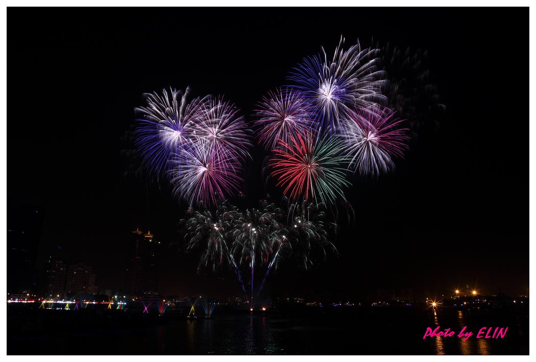 1010202-2012年高雄煙火藝術節-23.jpg