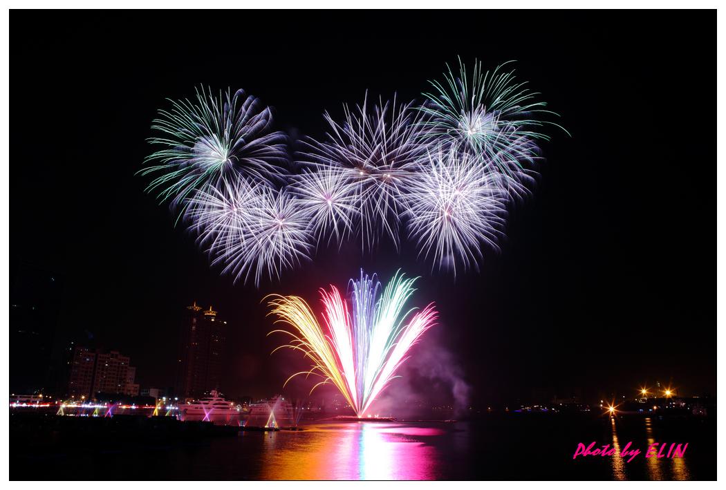 1010202-2012年高雄煙火藝術節-27.jpg