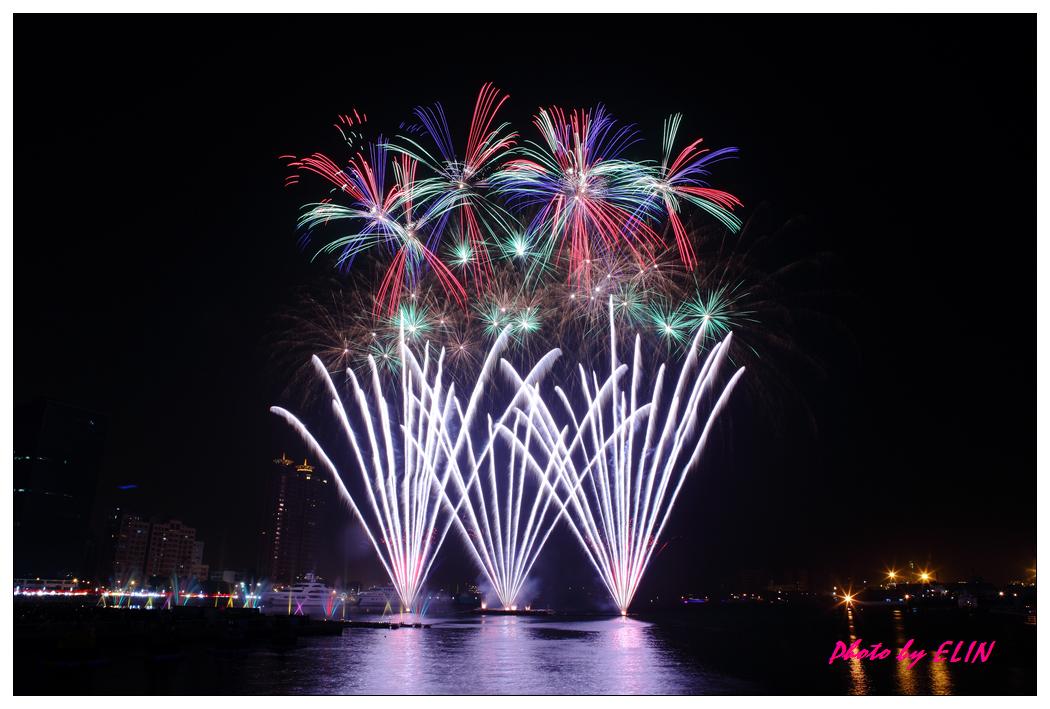 1010202-2012年高雄煙火藝術節-32.jpg
