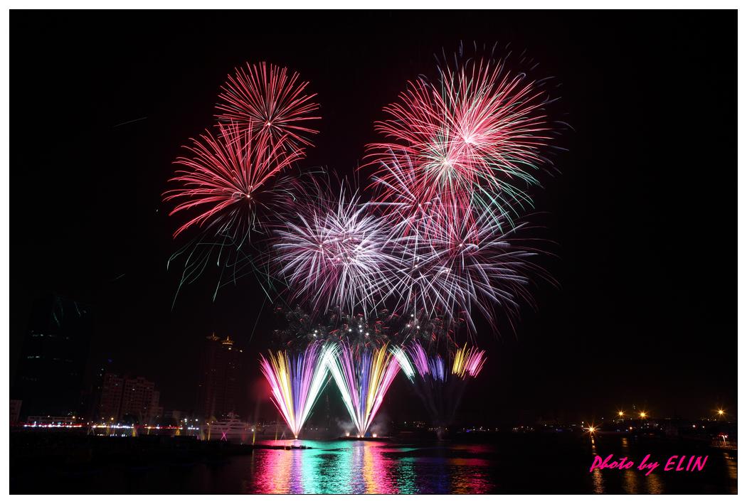 1010202-2012年高雄煙火藝術節-35.jpg