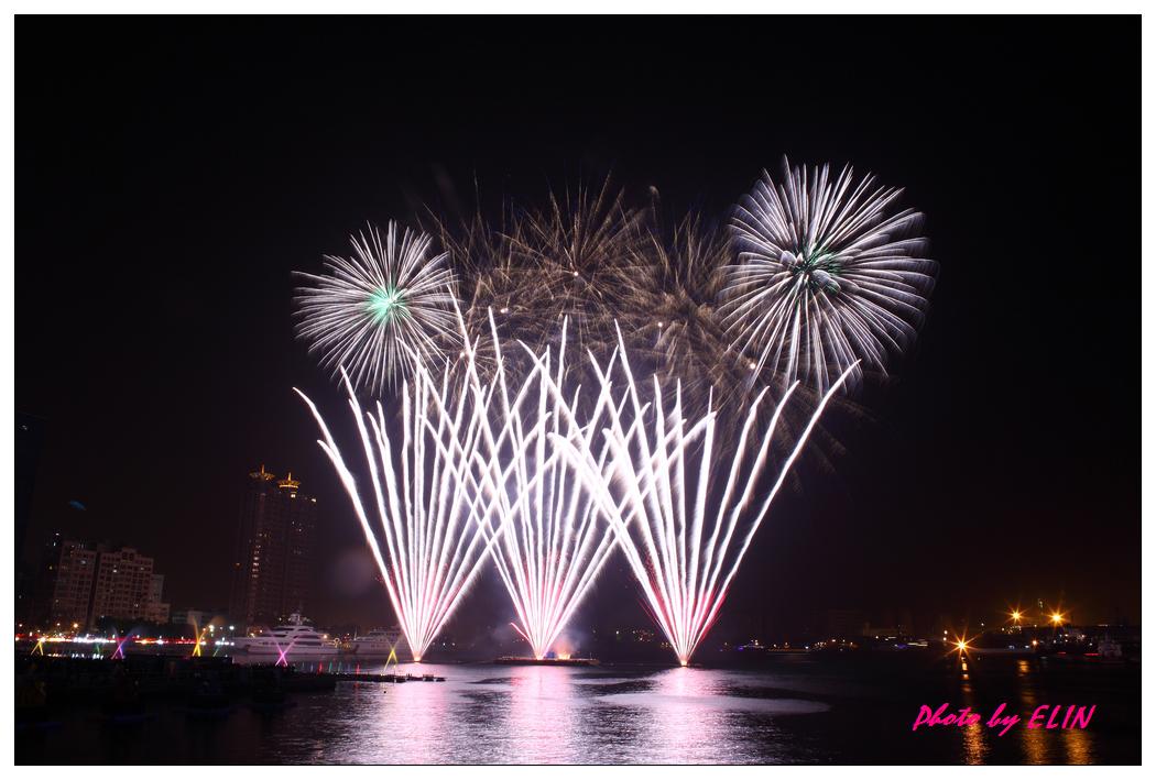 1010202-2012年高雄煙火藝術節-39.jpg