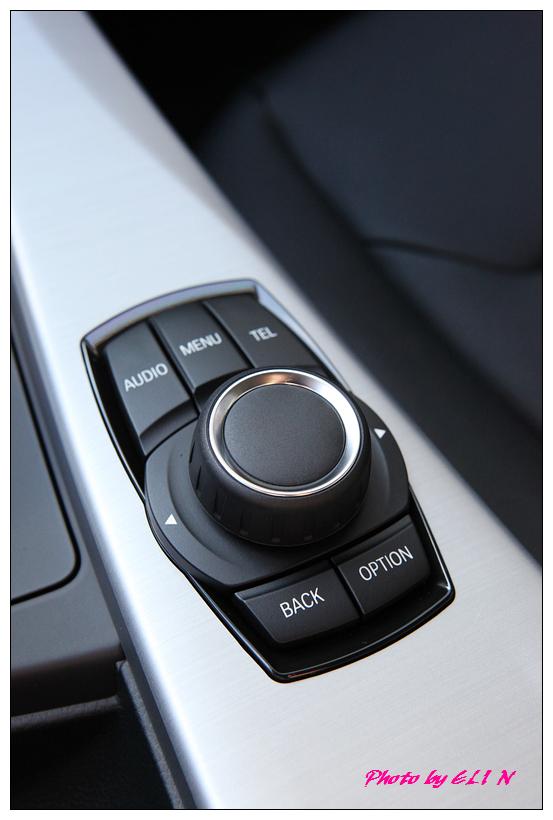 1011122-BMW 318d-12