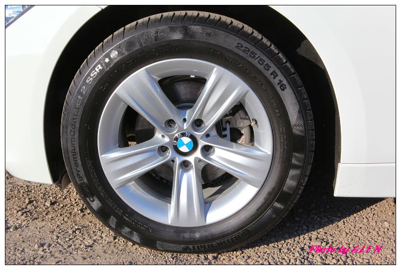 1011122-BMW 318d-19