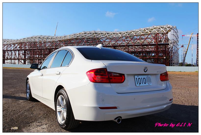 1011122-BMW 318d-20_副本