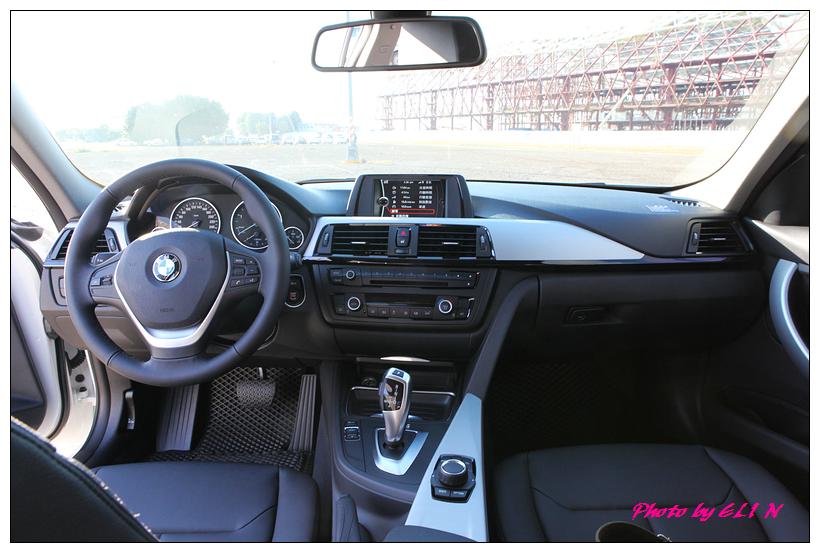 1011122-BMW 318d-29
