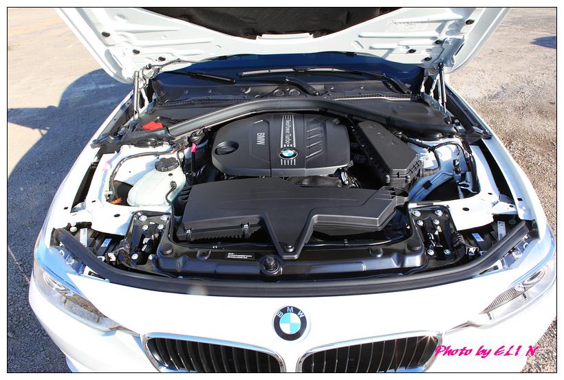 1011122-BMW 318d-32