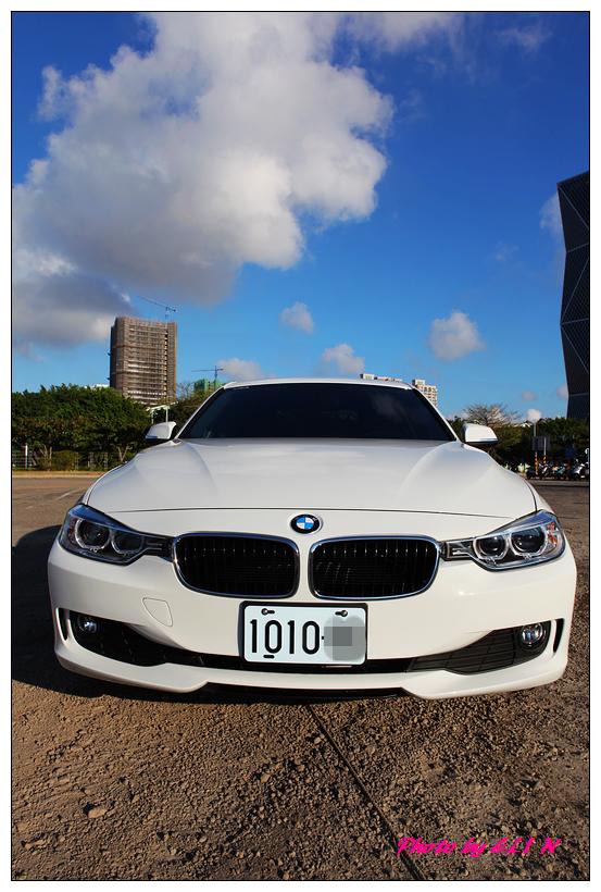 1011122-BMW 318d-36_副本