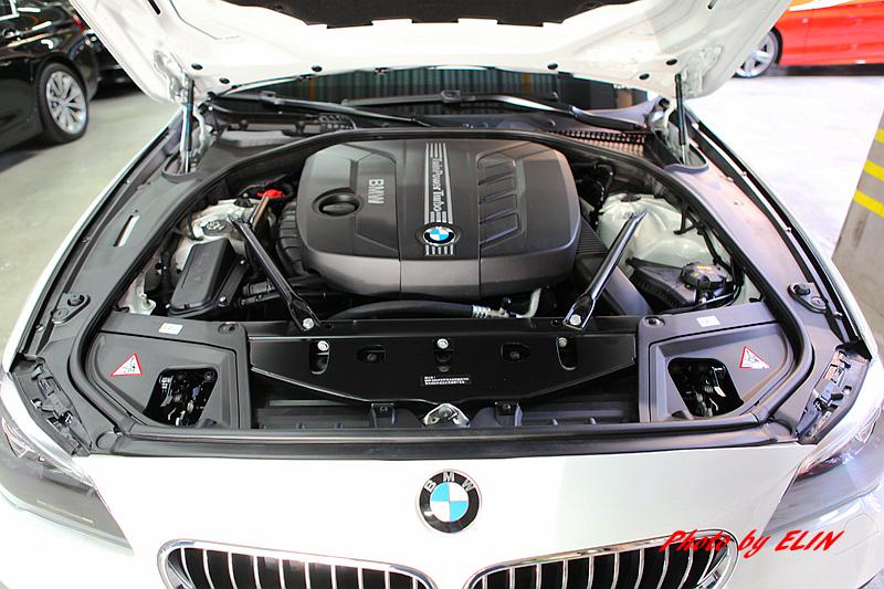 1030618-全新14年式BMW F10 520d-33.jpg