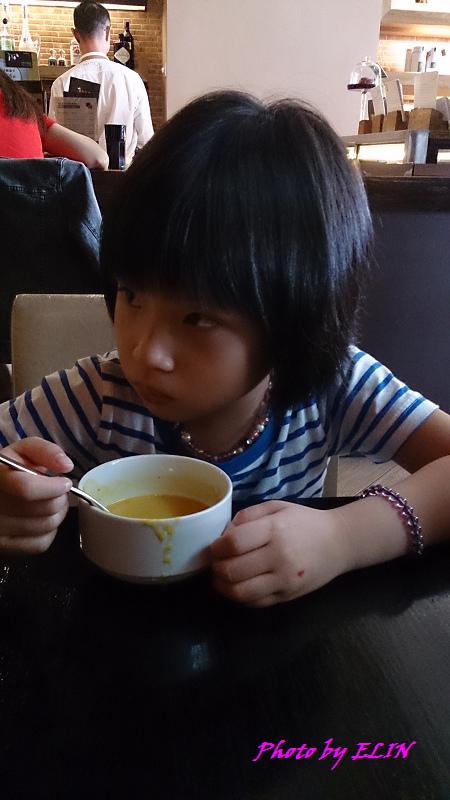 1030908-馬多尼生活餐坊-6.jpg