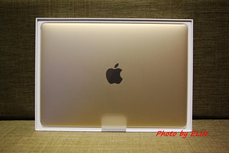 1050122-Apple MacBook-7.jpg