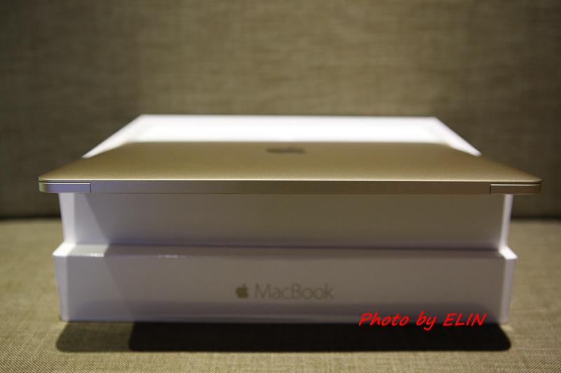 1050122-Apple MacBook-14.jpg