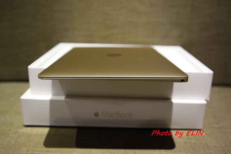 1050122-Apple MacBook-13.jpg