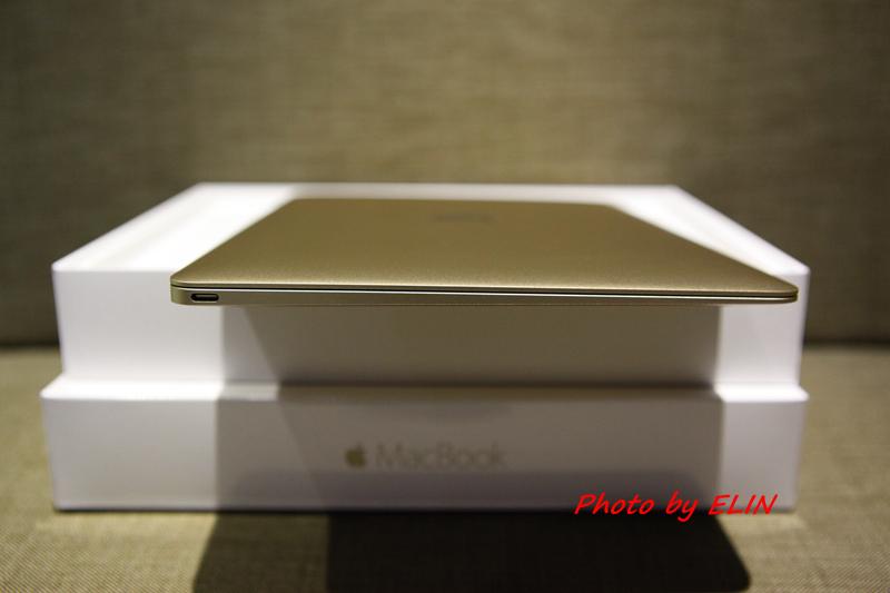 1050122-Apple MacBook-15.jpg