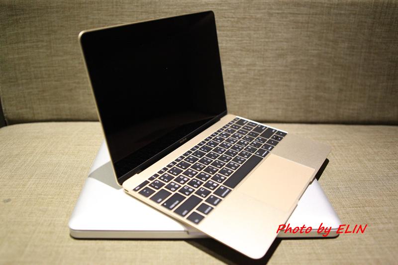 1050122-Apple MacBook-25.jpg