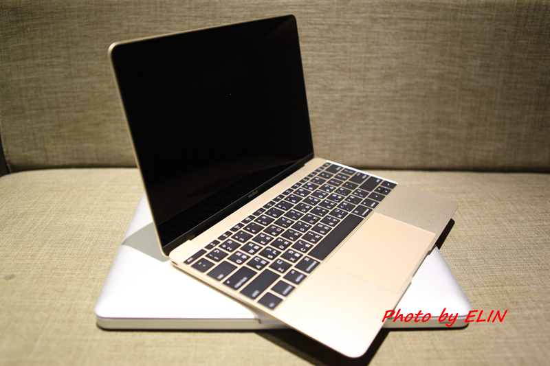 1050122-Apple MacBook-25.jpg