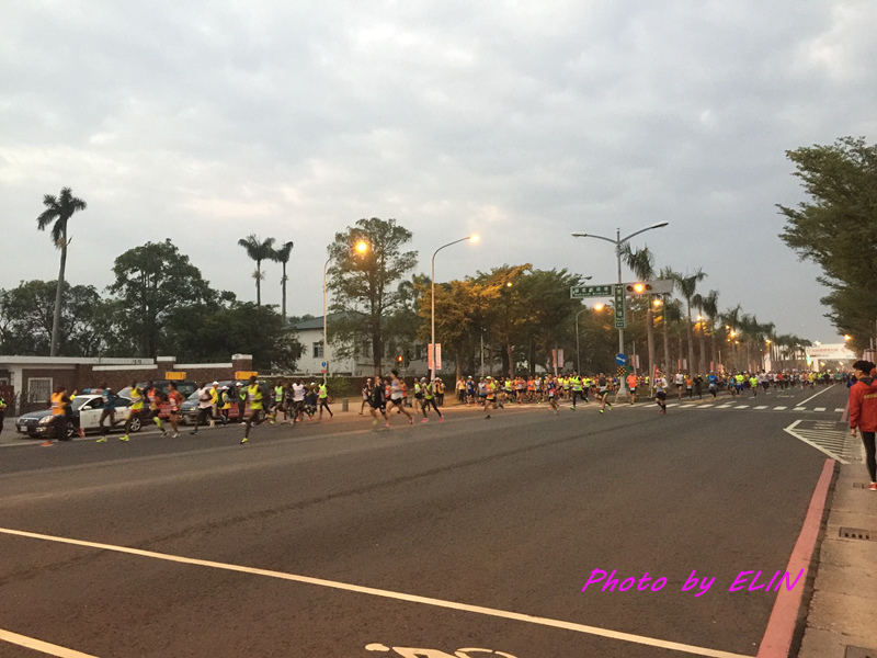 1060212-2017高雄國際馬拉松-2.jpg