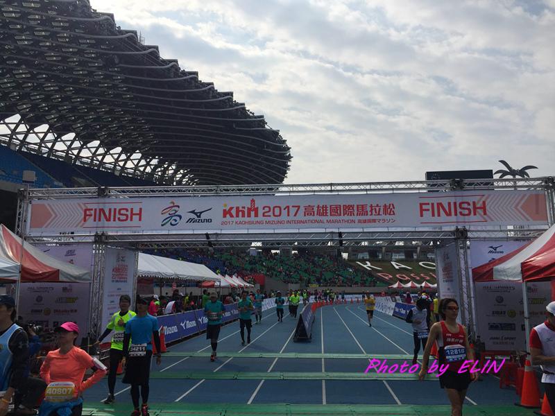 1060212-2017高雄國際馬拉松-11.jpg