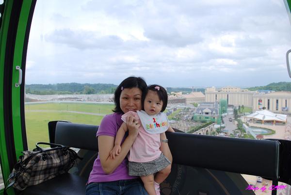 摩天輪-Amber與媽咪-1.jpg
