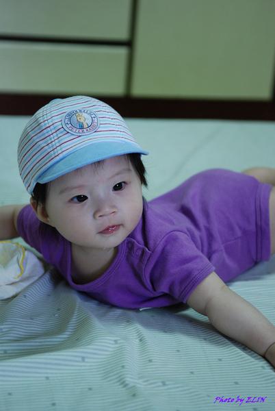 990306-戴上可愛的帽帽.jpg