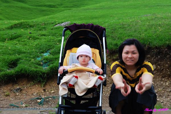 青青草原-Amber與媽咪合照-1.jpg