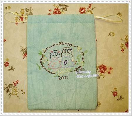 20110319_J&PFor J--embroided drawstring bag 01