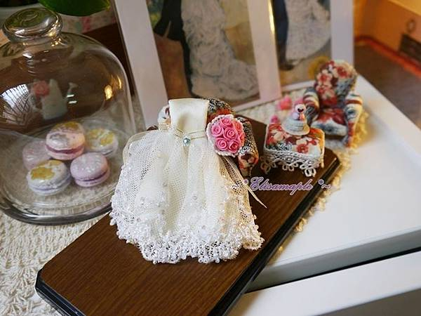 mini wedding gown 02.JPG