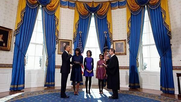 ap_inaugural_swearing_barack_obama_sswm_jt_130120_wg