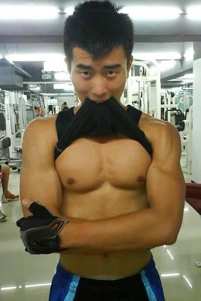 體育系型男-劉鵬捷