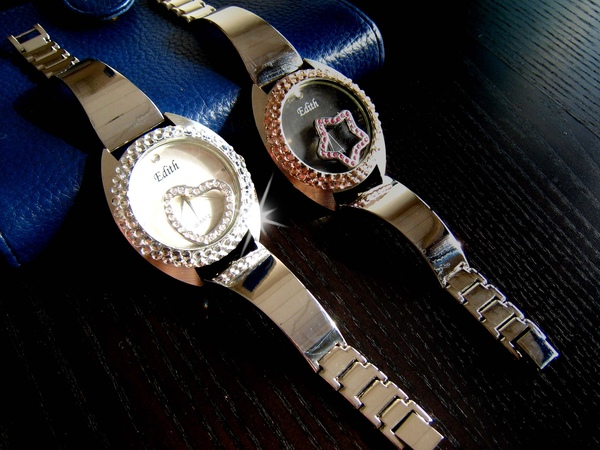Bling Bling水鑚+鏡面墜飾可移動式手錶--甜美愛心款1.jpg