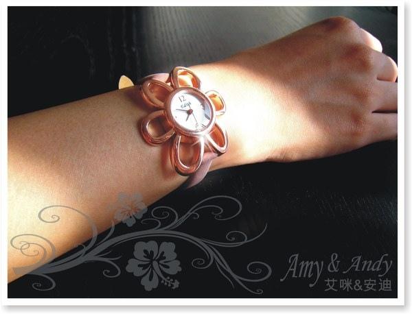 花花公主 立體花朵麂皮腕錶《玫瑰金》3.jpg