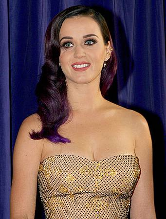 453px-Katy_Perry_5,_2012