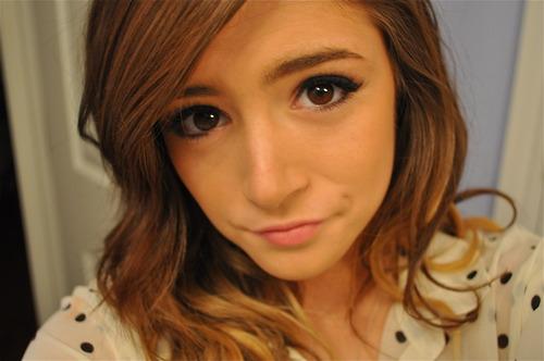 Chrissy Costanza4