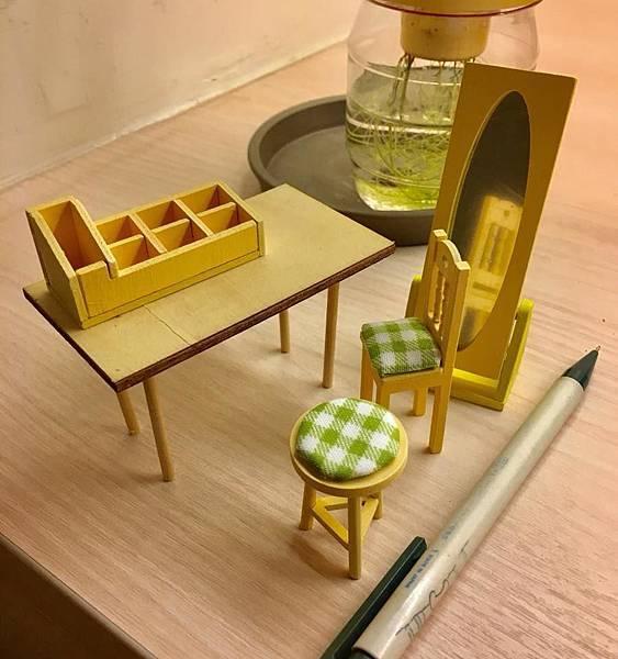 6 完成品4 桌椅.jpg