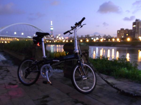 彩虹夜騎-13.jpg