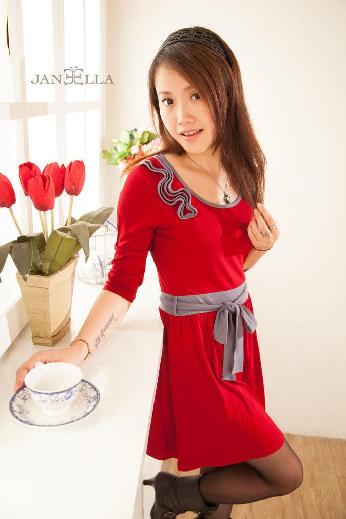 {穿搭}千元有找時尚單品外套也能穿的好有型,懶人妞也會搭的時尚風 品牌分享JANEELLA
