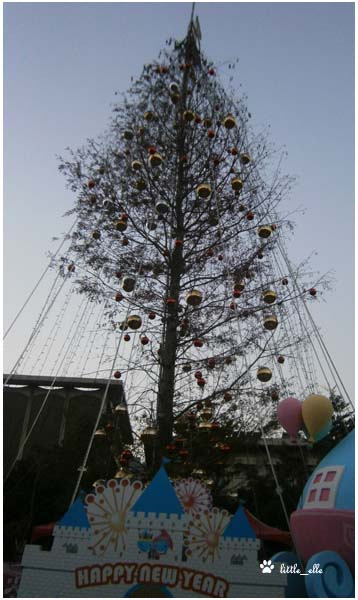 聖誕樹(白天).jpg
