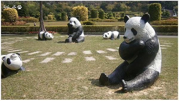 香格里拉樂園-貓熊區.jpg