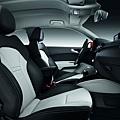 2011-Audi-A1-11.jpg