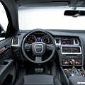 audi_Q7_interior_b.jpg